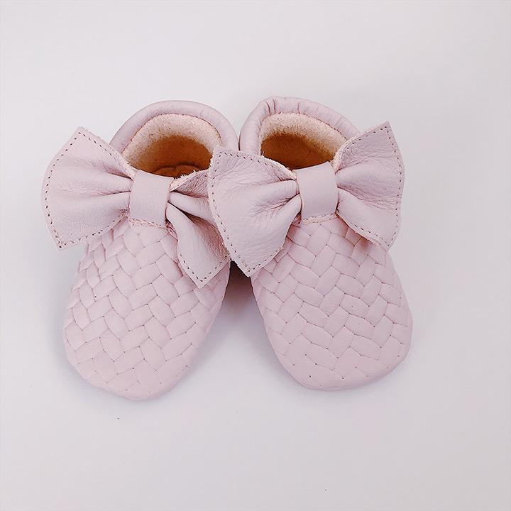 Moccs braids with bows pale rose