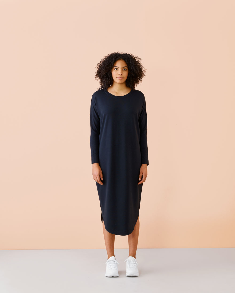 Round Hem Dress, black
