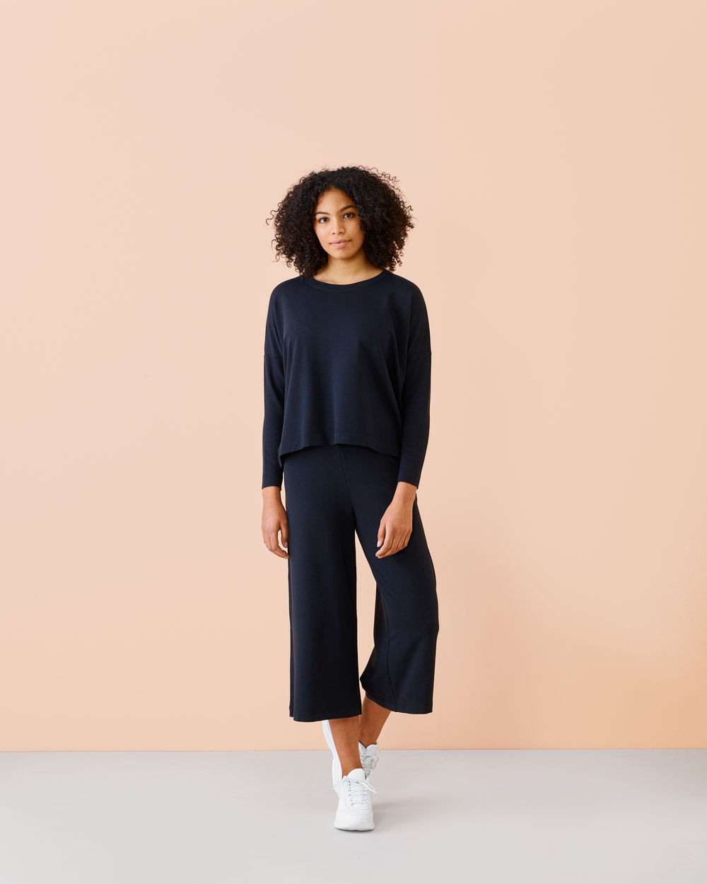 Black Culottes, adult